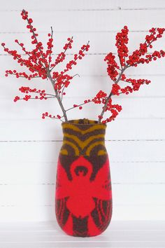 knitted vase kyo   Flickr - Photo Sharing!