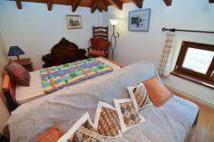 secondary sitting area_attic