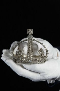 Queen Victoria's small diamond crown on display at the Tower of London to celebrate the Queen's Diamond Jubilee. The Royal Collection (c) Her Majesty Queen Elizabeth II. Royal Crown Jewels, Royal Crowns, Royal Tiaras, Royal Jewelry, Tiaras And Crowns, Vintage Jewelry, Jewellery, Queen Victoria Wedding, Elisabeth Ii