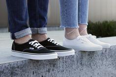 a8300dd08c1 21 beste afbeeldingen van Vans sneakers in 2019 - Vans authentic en ...