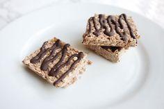 Clean Eating Rezepte: Schokoladen Protein Riegel für vor und nach dem Sport oder als Snack