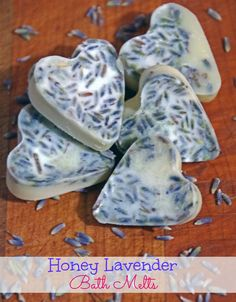 Suffering from dry skin and too much stress? These lavender bath melts are just what you need!