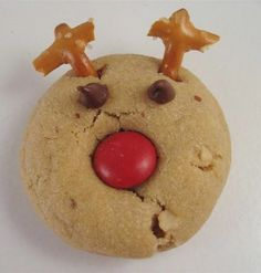 Cute reindeer Christmas cookies...makin these with the chitlins......classroom cooking at it's best.