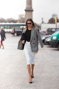 WHITE PENCIL SKIRT - BLACK SWEATER - BLAZER