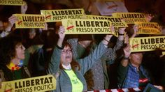 Catalonia crisis: Sacked ministers held in Spanish jails https://tmbw.news/catalonia-crisis-sacked-ministers-held-in-spanish-jails  Media playback is unsupported on your deviceEight sacked Catalan ministers have been remanded in custody by a Spanish high court judge over the region's push for independence.Prosecutors had asked the judge to detain eight of the nine former regional government members who turned up for questioning in Madrid.They are accused of rebellion, sedition and misuse of…