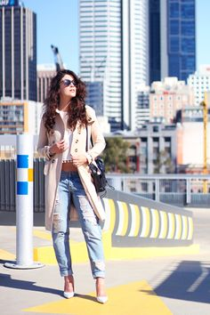 Malena from Fashion Container dressing up for the winter season in Australia. Layers, trench coats and ripped jeans are all must-haves.