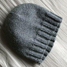 Basic hat pattern (adult) - Nerdy girl knits. Free Knitted Hat Patterns d22e9abe817