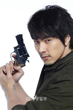 Song Il-Kook (Crime Squad / Detective In Trouble) Asian Celebrities, Asian Actors, Korean Actors, Sister Songs, Songs For Sons, Song Il Gook, Chaning Tatum, Song Daehan, Song Triplets