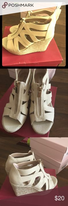 Wedge shoes NWOT Merona Wedge shoes very sexy wearing skinny jeans or skirt Shoes Wedges