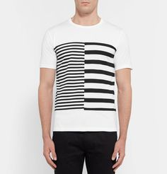 <a href='http://www.mrporter.com/mens/Designers/Aloye'>Aloye</a> was created by a trio of graphic designers, so it's no wonder its pieces have such bold visual appeal. Cut for a comfortable regular fit, this T-shirt has been made in Japan from panels of cotton-jersey with contrasting striped patterns. When it comes to styling, less is more - a simple bomber jacket and jeans will do the trick.