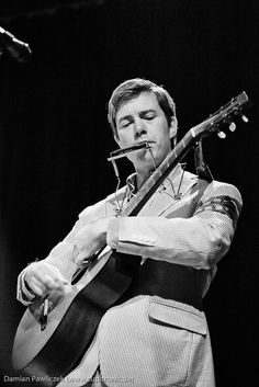 Bill Callahan Bill Callahan, Usa Holidays, Indie Pop, Alternative Music, Film Music Books, Me Me Me Song, Forever Young, Mixtape, Dna