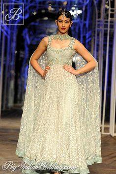 Tarun Tahiliani designer suit