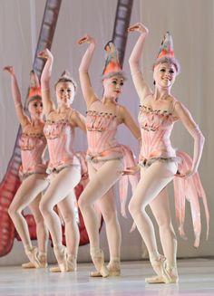 flamingo ballerinas: Alice in Wonderland  Cincinnati Ballet
