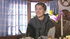 Varför firar vi påsk?  Påsken saknar i dag betydelse för många. Man kanske äter ägg och pyntar lite. Annat var det förr. Då var påsken en viktig högtid förknippad med mycket folktro som häxor och andra övernaturliga ting. Folklivsforskare Ebbe Schön berättar om påsken för Lena Haglund på gamla Kvekgården i Uppland.