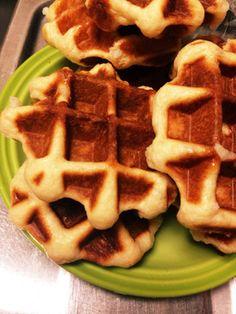 Waffles, Favorite Recipes, Breakfast, Brown, Food, Breakfast Cafe, Essen, Waffle, Chocolates