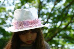 あそび育夏休みに手作り織り機で裂き布のリボンを作ろう Fashion, Moda, Fashion Styles, Fashion Illustrations, Fashion Models