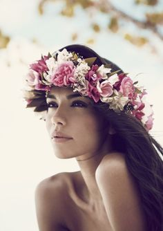 the serendipitist: Floral Wreath Halos..The Next Big Bridal Hair Trend