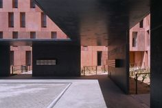David Chipperfield Architects, founded in 1984, has four offices in London, Berlin, Milan and Shanghai.