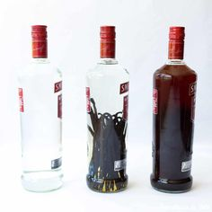 Vanillesuiker of extract maken Homemade Vanilla Extract, Vanilla Flavoring, Cherry Vodka, Rum, Vodka Bottle, Colour, Jack Daniels, Baking, Recipes