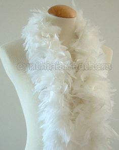 Snow White 45 Grams Chandelle Feather Boa 52 Inches Long
