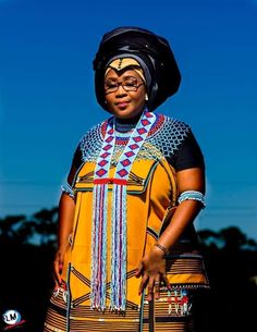 African Outfits, African Print Dresses, African Wear, African Fashion Dresses, African Dress, South African Traditional Dresses, Traditional Wedding Dresses, Traditional Clothes, Xhosa Attire