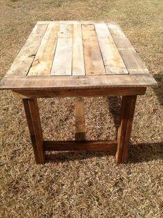 DIY Pallet Table | Pallet Furniture DIY