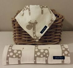 Giraffe Dribble Bib / Burp Cloth
