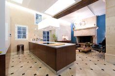 4th arrondissement of Paris, Paris, France • Enjoy Paris in a four bedroom four bathroom spacious duplex in a great location • VIEW THIS HOME ► https://www.homeexchange.com/en/listing/443843/