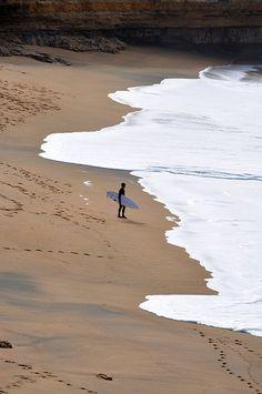 Great Ocean Road (near Torquay).  Indian Ocean Coast.  Victoria, Australia