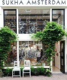 Sukha Amsterdam ∙ Haarlemmerstraat 110 ∙ Amsterdam www.me/cityguide/amsterdam/ Design Shop, Coffee Shop Design, Cafe Design, Store Design, Shop Front Design, House Design, Amsterdam Shops, Amsterdam Houses, Amsterdam Netherlands