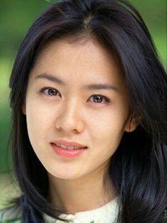 Yoon Eun-hye, your innocent looks and pimples are also pretty. Seduction Movie, Art Of Seduction, Korean Drama Online, Watch Korean Drama, Korean Actresses, Korean Actors, Actors & Actresses, Korean Beauty, Asian Beauty