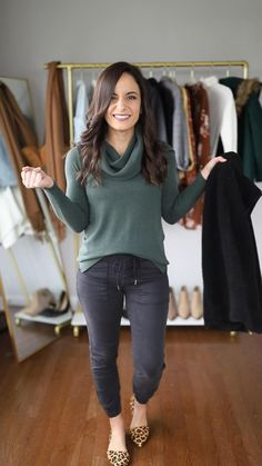 Business Casual Outfits, Casual Winter Outfits, Winter Fashion Outfits, Look Fashion, Stylish Outfits, Outfits For Women Casual, Cute Outfits For Fall, Woman Fashion, Jogger Outfit
