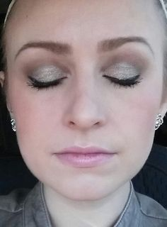 Splurge Cream Eye Shadow by Younique is the latest must have product!! Shimmery, creamy long lasting color that is easy to apply   www.LashesbyS.com