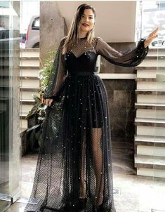 Hijab Evening Dress, Evening Dresses, Cotillion Dresses, Prom Dresses, Kpop Fashion Outfits, Fashion Dresses, Fashion Mode, Iranian Women Fashion, Pakistani Bridal Dresses