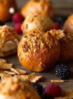 Cream Cheese Stuffed Cinnamon Toast Crunch Bagel Bites via Deliciously Yum!