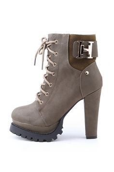 13 Breathtaking high heeled boot Photo Inspirations
