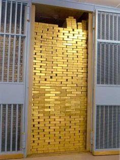 El Banco de la Reserva Federal, situado en Liberty Street con Nassau Street, almacena más de una cuarta parte de lingotes de oro del mundo.