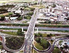 Vista da Ponte das Bandeiras [Studio Alex Salim, In: REIS, Nestor Goulart. São Paulo: vila, cidade, metrópole]