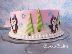 I think this might be my most favorite birthday cake i've made so far. round 2 layer cake, iced in BC and MMF decorations. The smash cake is a round. Penguin Cakes, Owl Cakes, Cupcake Cakes, Penguin Party, Penguin Birthday, Fig Cake, Christmas Treats, Christmas Cakes, Xmas Cakes