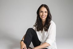 Jacinda Adern is New Zealand's youngest female prime minister. Her journey is absolutely inspiring. Kate And Pippa, Young Female, Girls Club, Prime Minister, Celebs, Celebrities, Female Images, Strike A Pose, Powerful Women