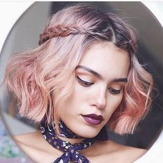 These amazing bob haircut styles for woman with thin or fine hair that want to enjoy more volumious look. Variety of hairstyles for fine hair Pixie Haircut For Thick Hair, Thin Hair Cuts, Short Thin Hair, Haircuts For Curly Hair, Braids For Short Hair, Short Bob Hairstyles, Cool Hairstyles, Thin Hair Styles For Women, Medium Hair Styles