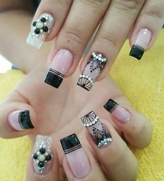 39 Unique And Beautiful Winter Nail Designs Pink Glitter Nails, Pink Ombre Nails, Rose Gold Nails, Blue Nails, White Nails, Nail Black, Nail Pink, Nail Nail, Almond Nails Red
