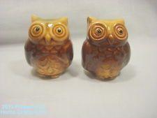 """Salt Pepper Shakers Owls Ceramic Fall Decor Birds 1 3/4"""" Small"""