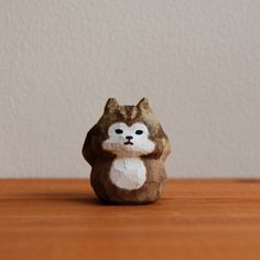 Japanese carved wood squirrel by BUNi PUNi #carvedwoodsquirrel #woodensquirrel #squirrelsculpture #bunipuni #creema #squirrel #japanese #japan #japanesehome #japanesegoods #kawaiihome #cutesquirrel #cutesquirrels #squirrels #cute #kawaii #りす #木彫り人形 #かわいい