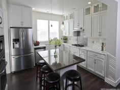 white kitchen, cabinets to ceiling