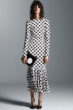 Dolce & Gabbana dress, $3,125, 887-70-GUSA; Narciso Rodriguez clutch, $1,150, shopBAZAAR.com; Bottega Veneta shoes, $980, 800-845-6790.