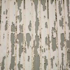 Eliminate as much of the peeling paint as you can. (Small Wood Crafts How To Paint) Scrape Painting, Peeling Paint, Diy Painting, Painting On Wood, Outside House Paint, House Trim, Diy Home Repair, Outdoor Paint, Antique Doors