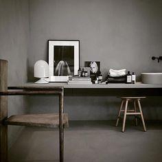 ➕Industrial chic interior inspo... Image via @residencemag ➕ #interiordesign #interiorstyling #architecture #urbancouturedesigns