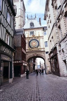 Guide to Rouen: Since medieval times, Rouen has been a hub of trade. No trip to Normandy would be complete without exploring this French city. Montpellier, Europe Travel Tips, Travel Guides, Travel Destinations, European Travel, Strasbourg, Toulouse, Bordeaux, Travel Around The World
