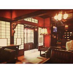 大正ロマン風インテリアで「雰囲気のあるレトロ部屋」を作る方法 もっと見る